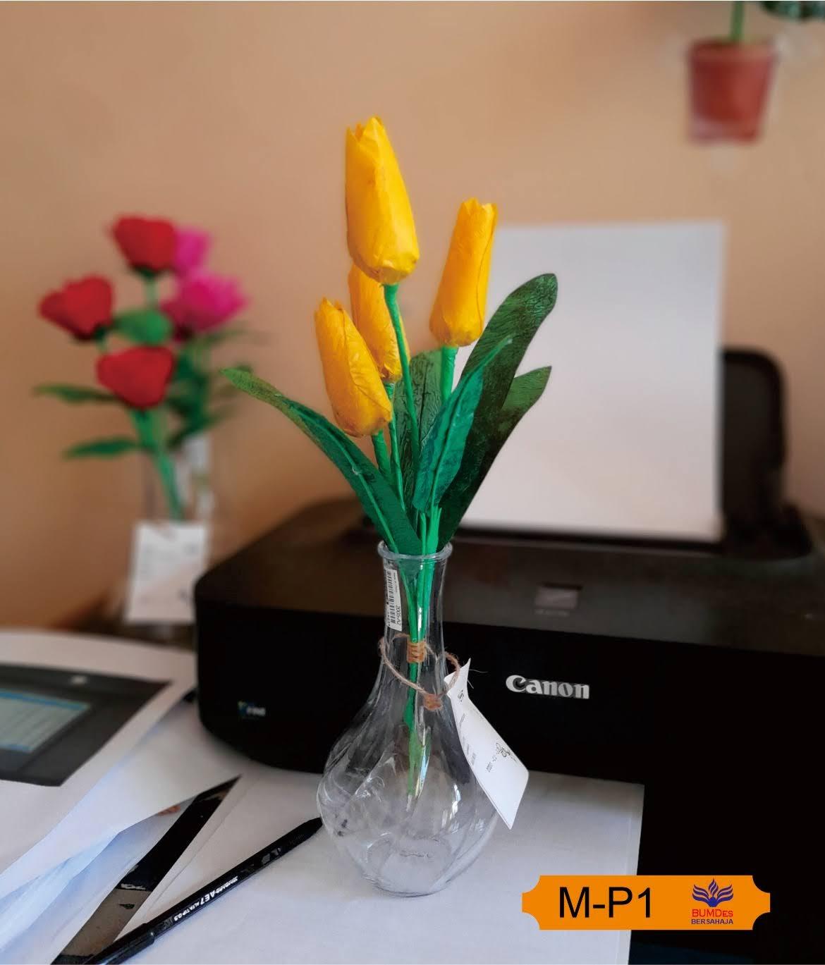 Bunga Plastik Hasil Daur Ulang